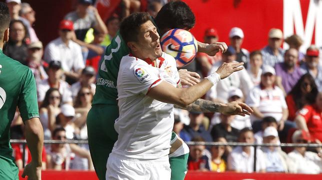 Jovetic, durante el Sevilla FC-Leganés (Foto: J. M. Serrano)