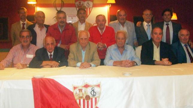 Junta directiva de la Asociación José Ramón Cisneros (Foto: Asociación J. R. Cisneros)