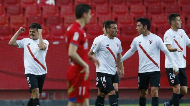 Cotán festeja el primer tanto del Sevilla Atlético ante el Numancia. Foto: LaLiga