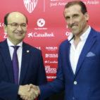 José Castro y Óscar Arias, en la presentación como director deportivo de Sevilla (Foto: Raúl Doblado)