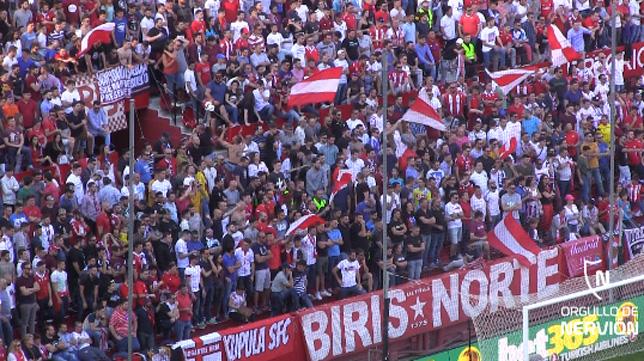 La pancarta de Biris Norte reapareció en el Sevilla-Dépor