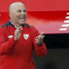 Sampaoli da instrucciones durante el Sevilla FC-Deportivo