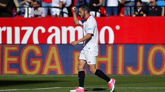 Sarabia celebra su gol (Foto: AFP).