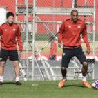 Lenglet, Nasri, Nzonzi y Carriço, en la ciudad deportiva