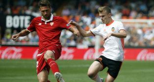Mudo Vázquez en el Valencia-Sevilla FC