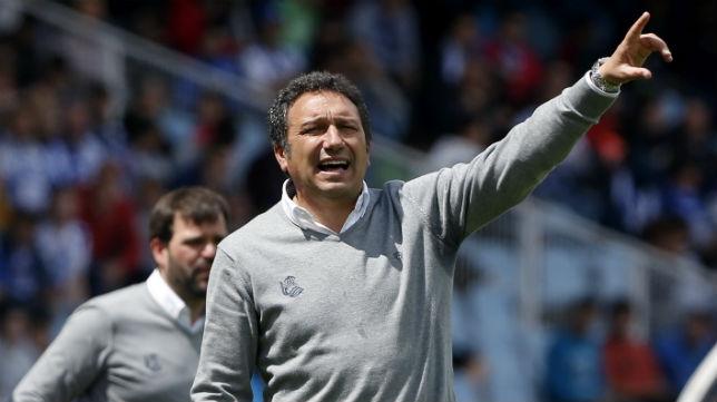Eusebio Sacristán, entrenador de la Real Sociedad, en un partido