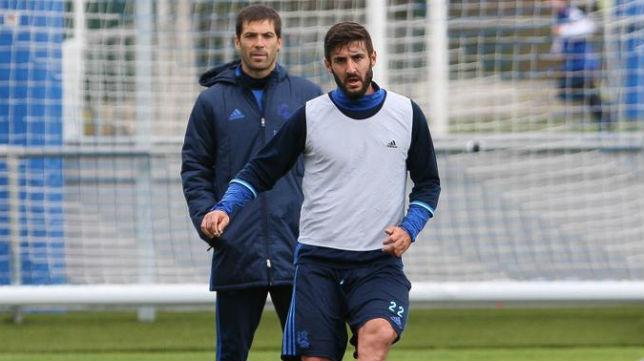 Raúl Navas, en un entrenamiento con la Real Sociedad
