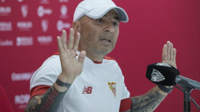 Jorge Sampaoli, en la rueda de prensa de este viernes en la ciudad deportiva del Sevilla FC