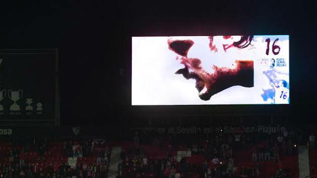 Imagen del vídeo marcador del Sánchez-Pizjuán con la imagen de Puerta (Foto: J. J,. Úbeda)