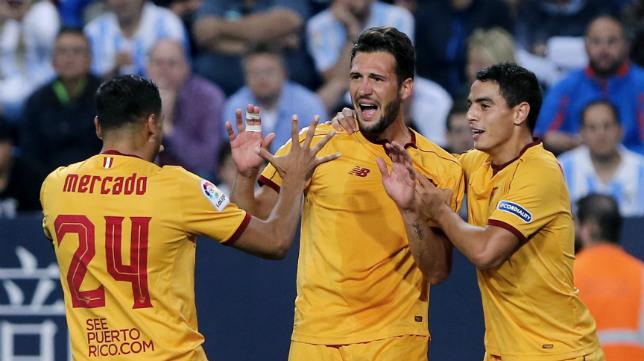 Franco Vázquez celebra uno de sus goles en Málaga la temporada pasada