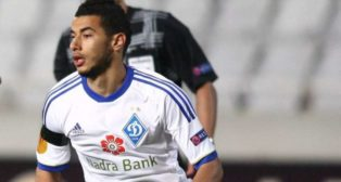 Younes Belhanda, con la camiseta del Dinamo de Kiev