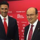 José Castro posa junto a Josep Martínez, presidente de Philips Lighting en España y Portugal (Foto: J. S.)