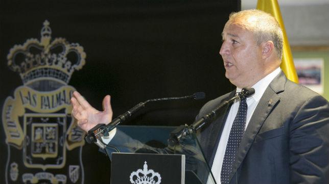 Miguel Ángel Ramírez, en un acto de la UD Las Palmas (Foto: EFE)