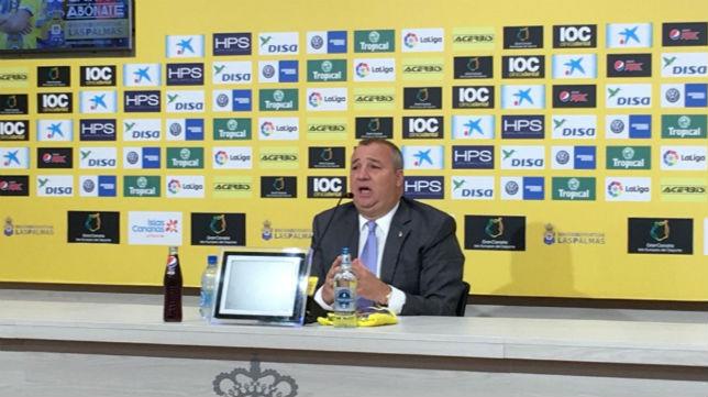 El presidente de la UD. Las Palmas, Miguel Ángel Ramírez, en una rueda de prensa (Foto: UDLP)