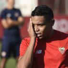 Muriel, en un entrenamiento del Sevilla en la ciudad deportiva (foto: Jesús Spinola)