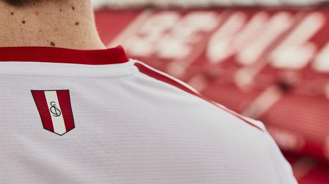 segunda equipacion Sevilla FC hombre