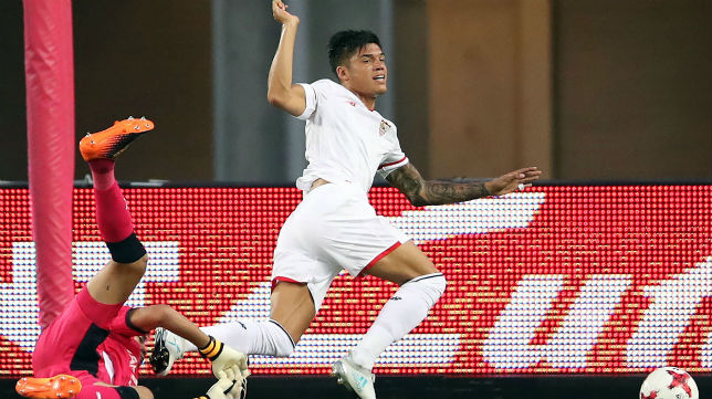 Correa, en el Cerezo Osaka-Sevilla (Foto: AFP)