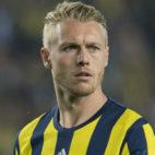 Simon Kjaer juega en el Fenerbahçe
