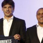 Morientes, junto a Roberto Carlos, en un acto de LaLiga (Foto: EFE)