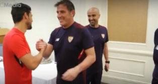 Nolito y Berizzo se saludan en Japón (Foto: SFC)