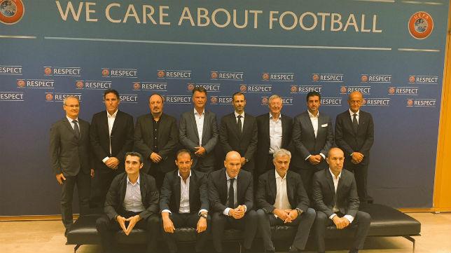 Eduardo Berizzo, en el Fórum de Entrenadores que organiza hoy UEFA (EFE)