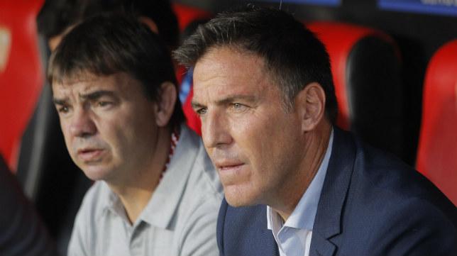 Eduardo Berizzo y Ernesto Marcucci, ante del Sevilla FC-Basaksehir. Foto: Raúl Doblado