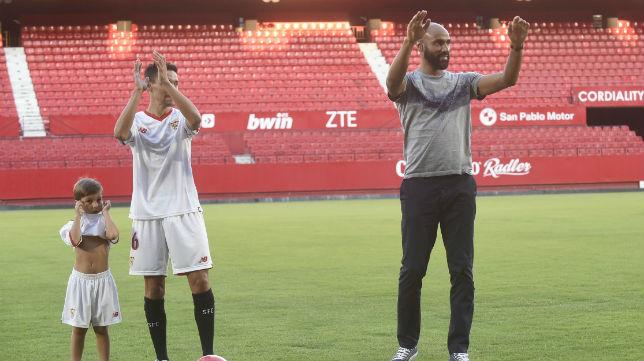 Jesús Navas y Kanouté (Foto: SFC)