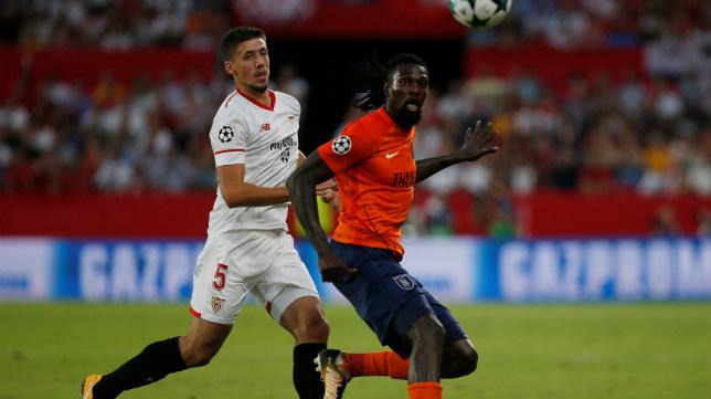 Lenglet, en un lance del Sevilla FC-Basaksehir
