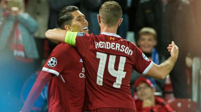 Firmino celebra su gol con sus compañeros