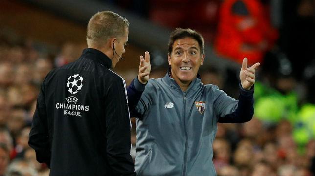 Berizzo, en el Liverpool-Sevilla (Foto: Reuters)