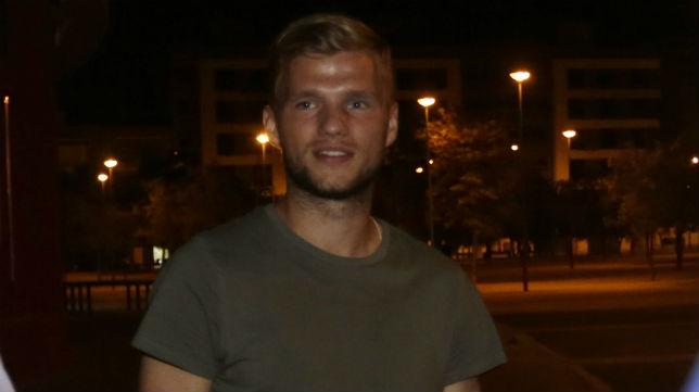 Johannes Geis, a su salida anoche del Sánchez-Pizjuán (Foto: Vanessa Gómez)