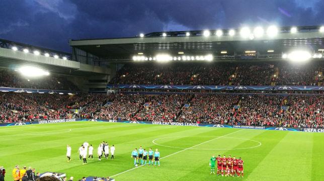 Sevilla y Liverpool, en Anfield (Foto: J. P)