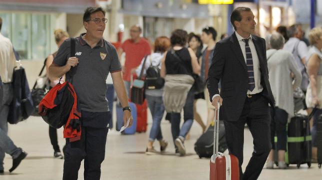 Eduardo Berizzo y Óscar Arias (Foto: Raúl Doblado)