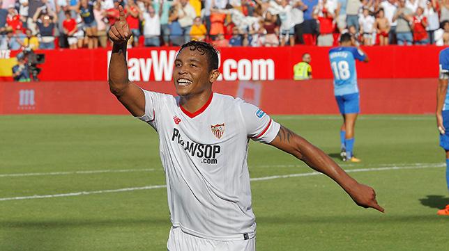 Muriel celebra el 2-0 del Sevilla FC ante el Málaga