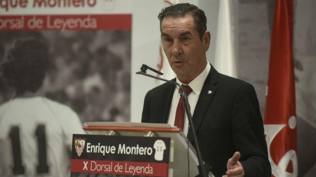 Enrique Montero agradeció la concesión del X Dorsal de Leyenda del Sevilla FC (Foto: SFC)