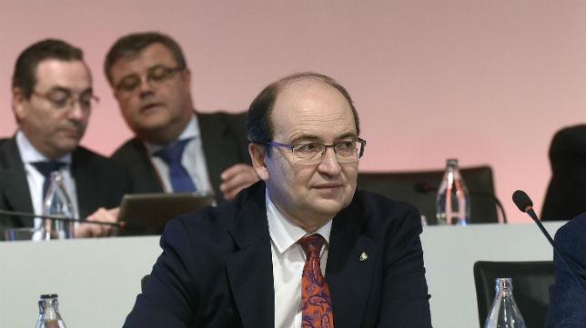José Castro, en la junta de accionistas del Sevilla (Jesús Spínola)