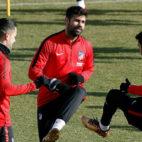 Diego costa, en un entrenamiento con el Atlético