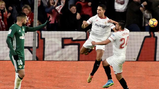Ben Yedder celebra su gol en el derbi Sevilla-Betis