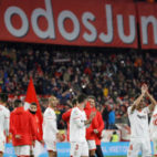 Los jugadores del Sevilla celebran la victoria ante el Leganés