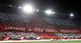 El mosaico del Sánchez-Pizjuán antes de la semifinal entre Sevilla FC y Leganés (Foto: EFE).