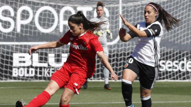Lance del encuentro entre el Sevilla FC Femenino y el Valencia CF (Foto: @LaLiga)