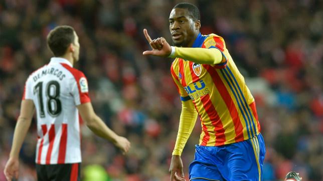 Kondogbia celebra un gol con el Valencia