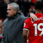 Mourinho felicita a Rashford en el Manchester United-Liverpool