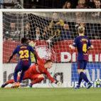 Franco Vázquez hace el 1-0 frente al Barcelona (Foto: EFE).