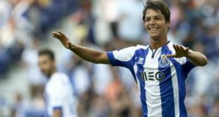 Óliver Torres, en un partido con el Oporto