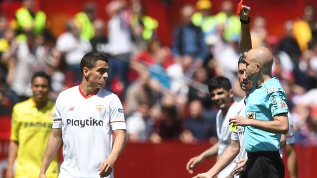 Ben Yedder ve la roja en el Sevilla-Villarreal. Foto: J. J. Úbeda