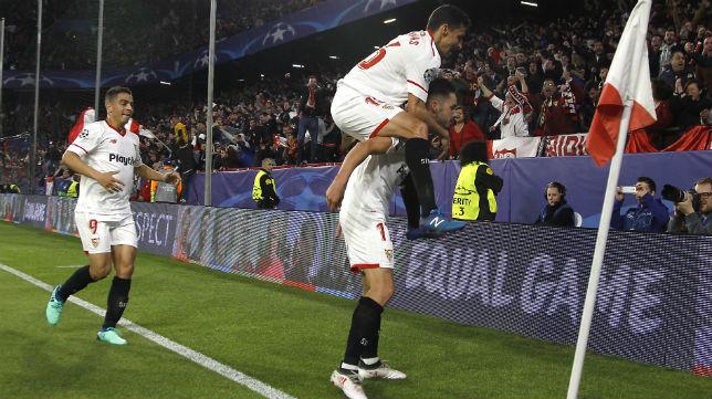 Ben Yedder, Navas y Sarabia, en el Sevilla-Bayern Múnich (Juan Manuel Serrano)