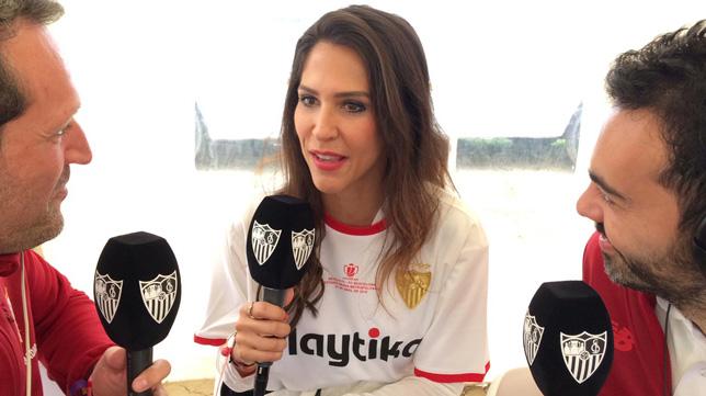Carolina Alés, consejera del Sevilla FC, en su intervención en SFC Radio