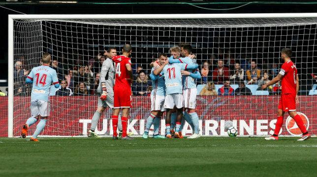 Los jugadores del Celta celebran el 1-0 ante el Sevilla FC