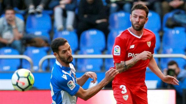 Miguel Layún, durante el Deportivo-Sevilla